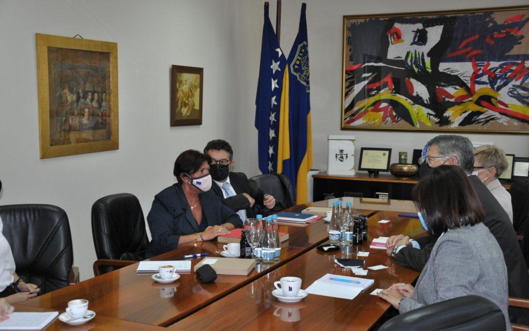 Ambasadorice Republike Francuske u Bosni i Hercegovini posjetila Grad Tuzlu